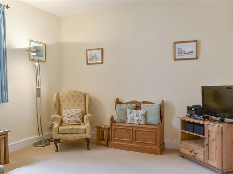 1 Albury Cottage in Charmouth - sleeps 2 people