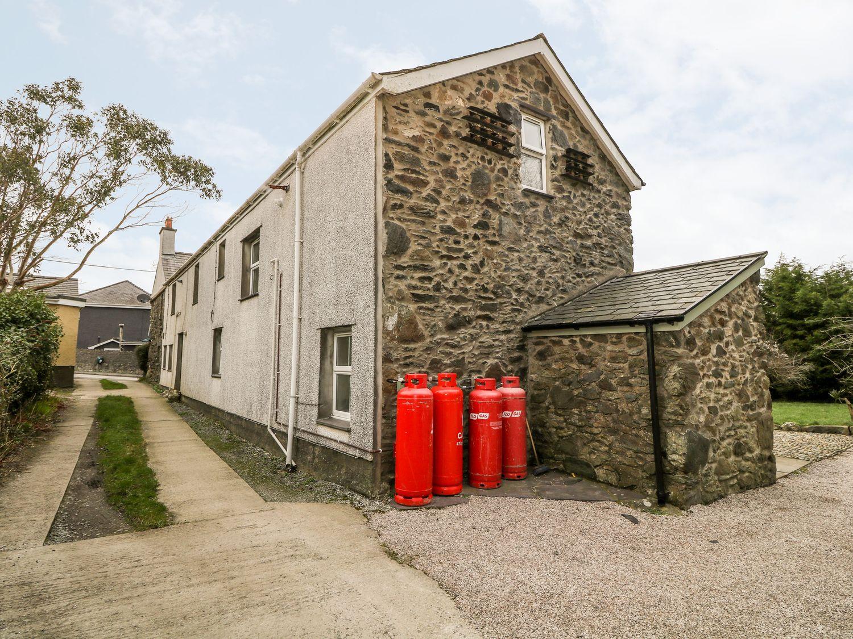 1 Angorfa in Llanddaniel Near Gaerwen - sleeps 6 people