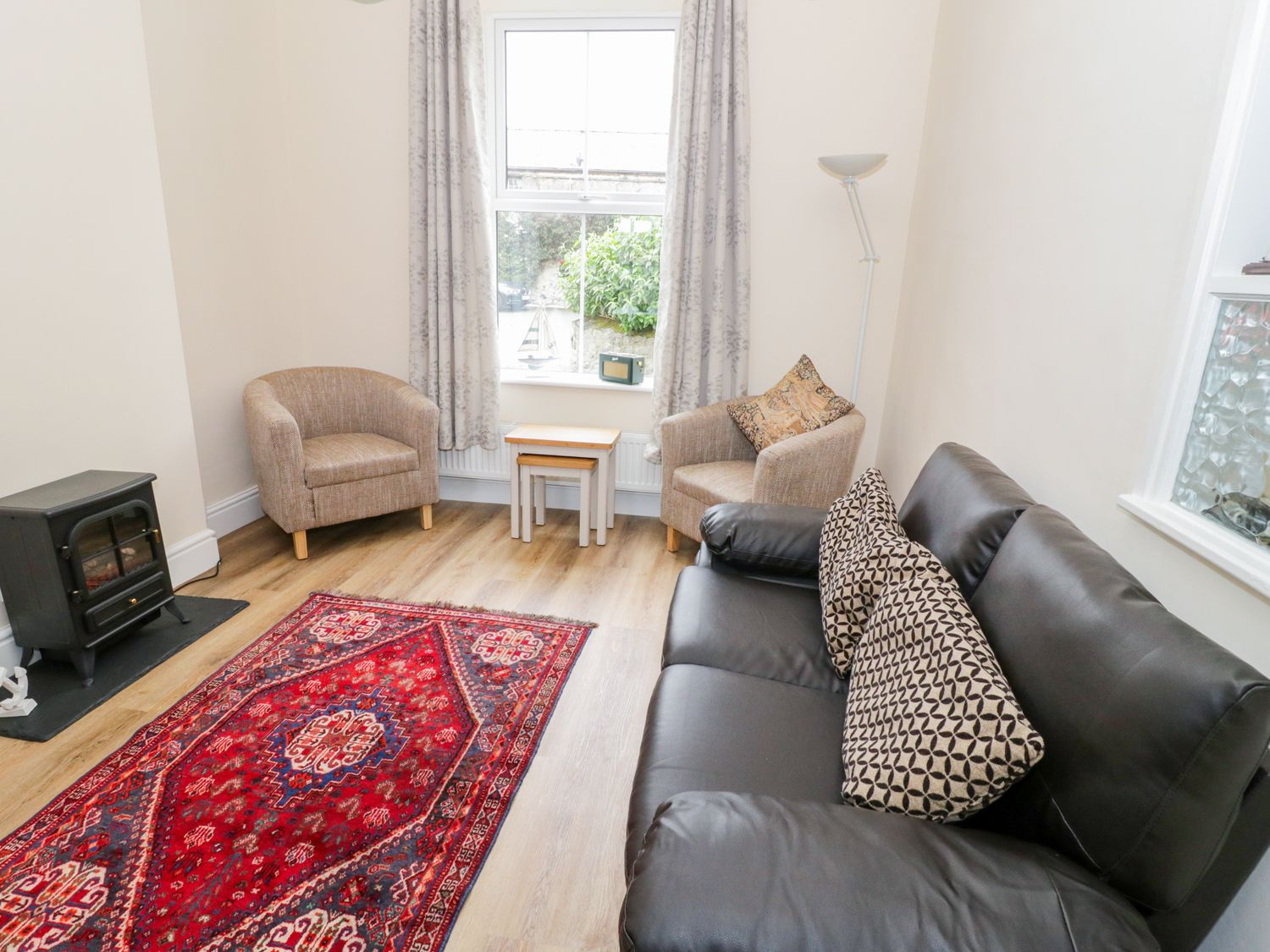 1 Castle Row in Beaumaris - sleeps 4 people