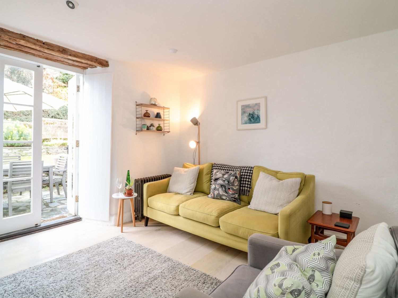 1 Jubilee Cottage in Trebarwith Strand - sleeps 6 people