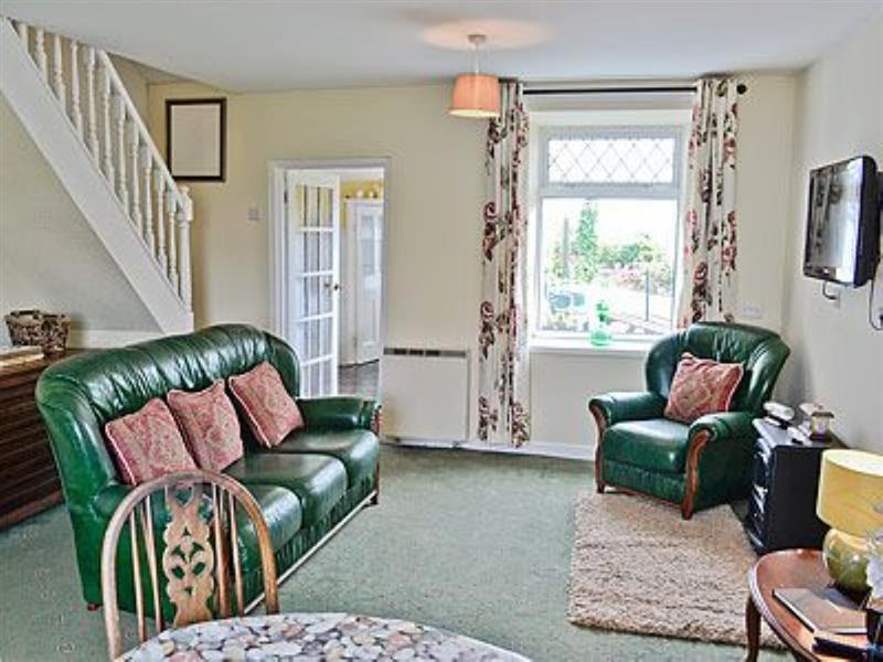 1 Morawelon in Moelfre - sleeps 6 people
