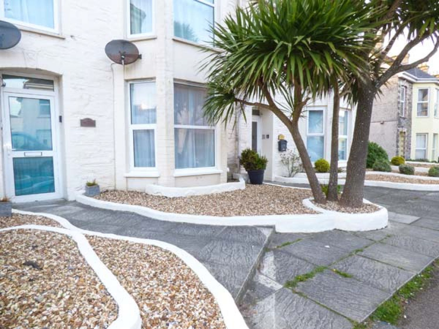 1 Sunset Apartments in Newquay - sleeps 2 people