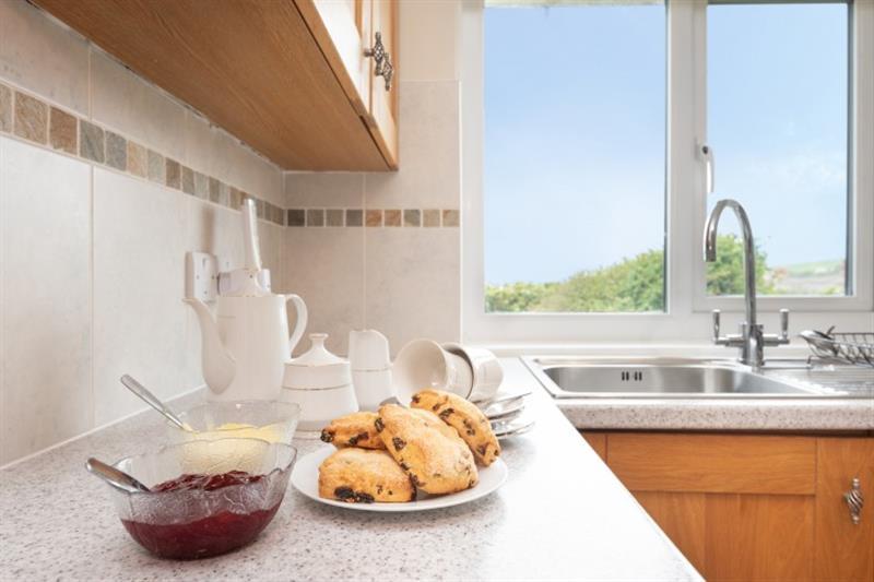 2 Bantham Holiday Cottages in Bantham - sleeps 6 people