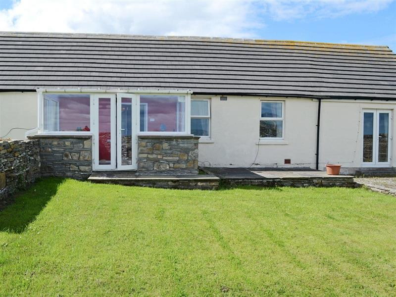 2 Mayfield Cottages in Weydale, near Thurso, Highlands - sleeps 5 people