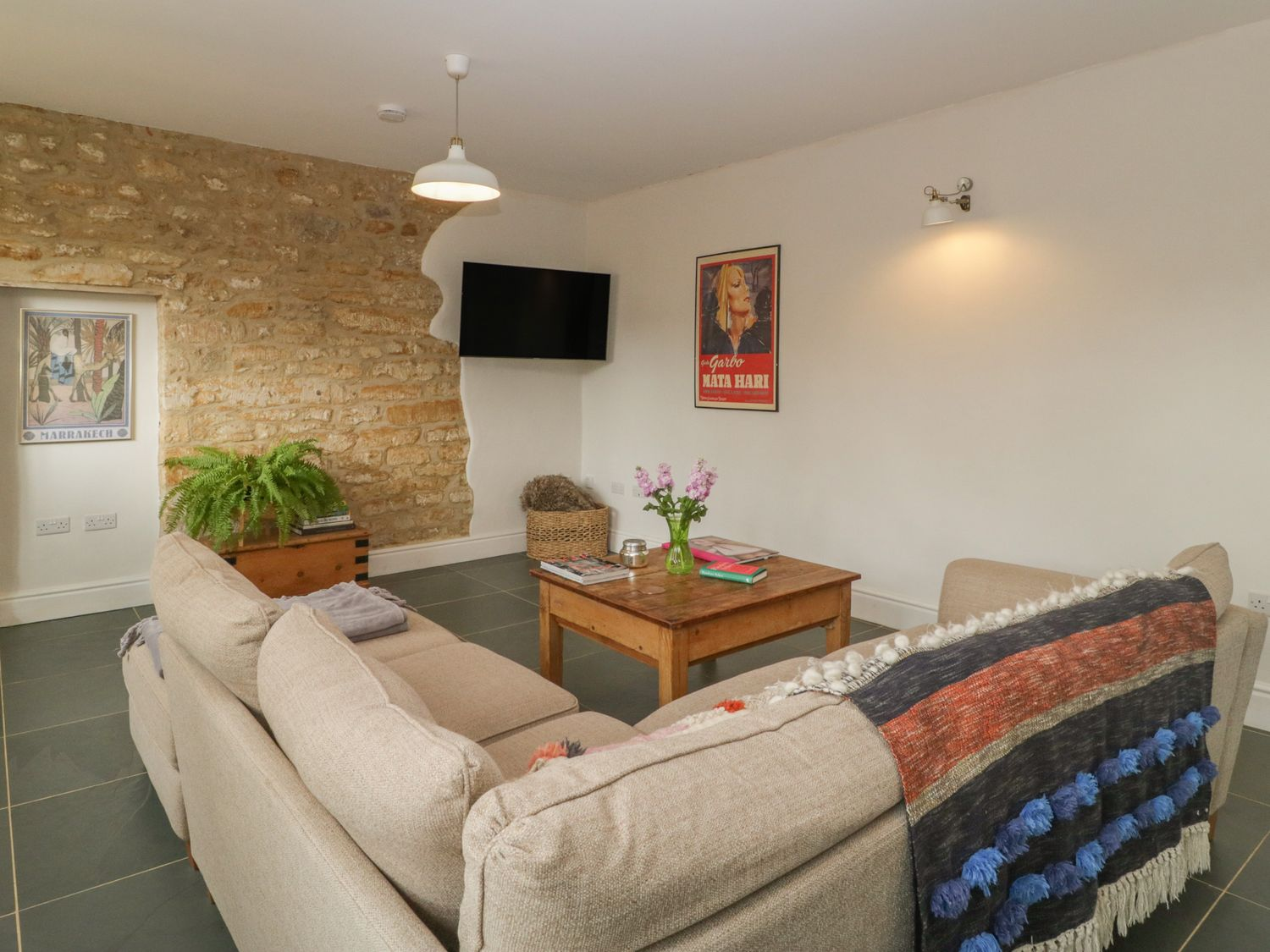 2 The Forge in Melplash - sleeps 5 people