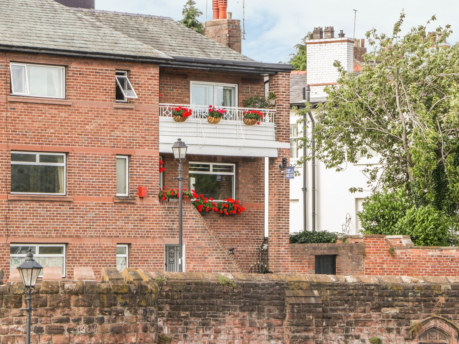 23 City Walls in Chester - sleeps 6 people