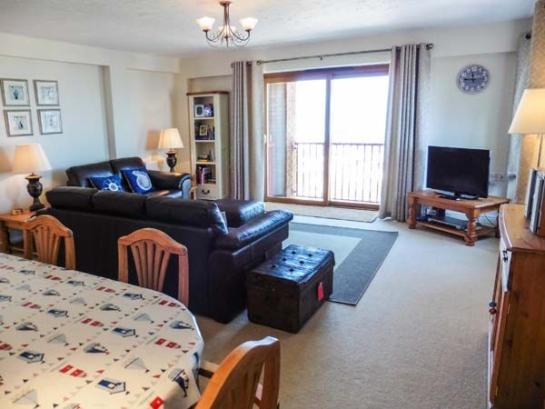 37 Ocean Park in Westward Ho! - sleeps 4 people