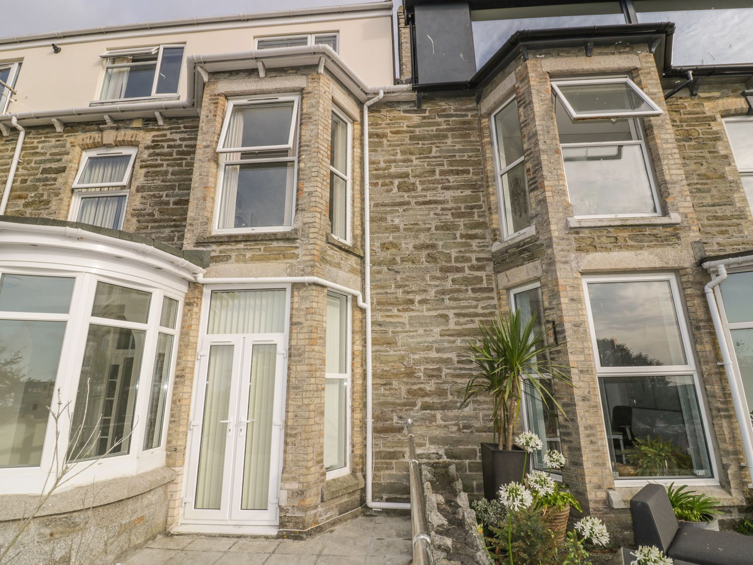 4 St. Georges Apartments in Newquay - sleeps 3 people