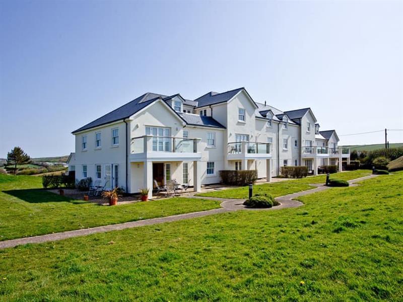 4 Thurlestone Beach House in Salcombe & South Hams - sleeps 4 people