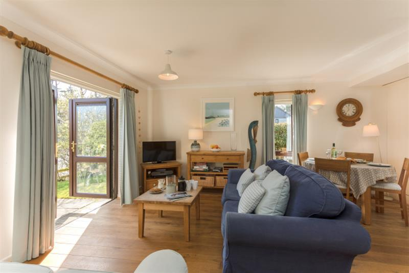 44 Upper Stables in Maenporth - sleeps 5 people