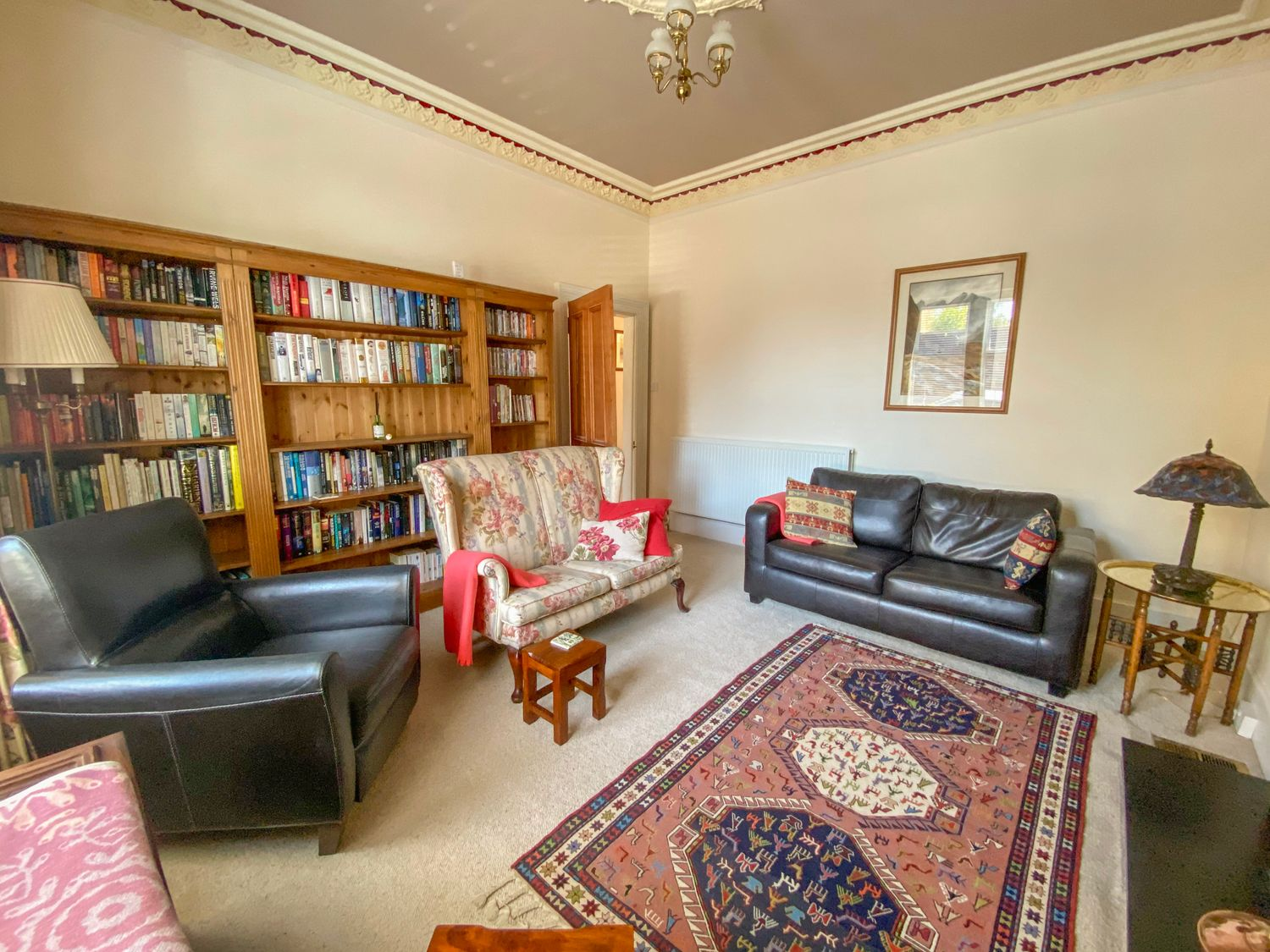 6 Ronald Place in Stirling - sleeps 5 people