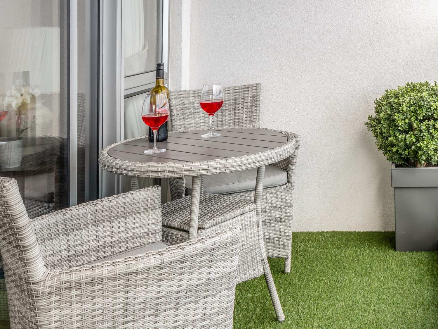 6 The Point in Newquay - sleeps 4 people