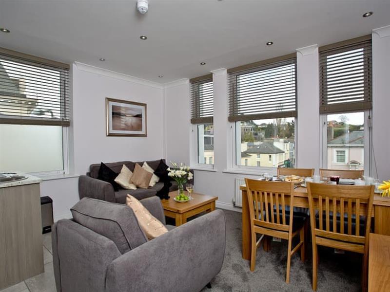 7 Austen's Apartments in Torquay - sleeps 4 people