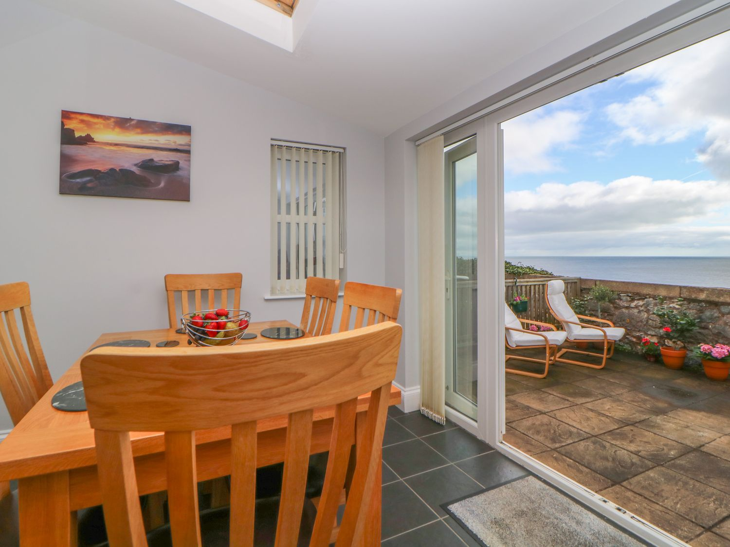 8 Coastguard Cottages in Dawlish - sleeps 6 people