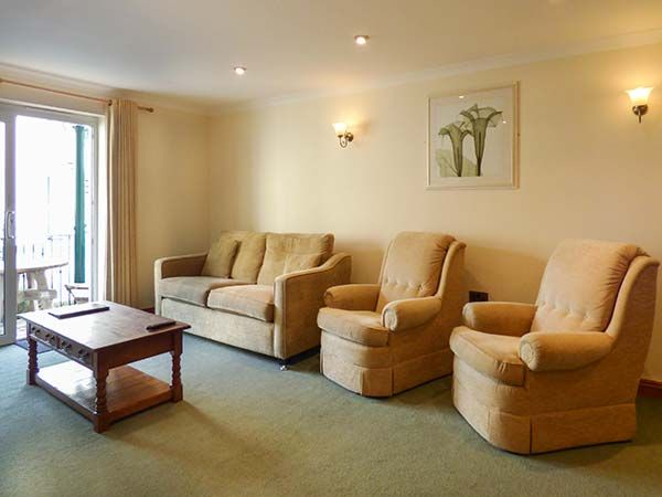 9 Beachcombers Apartments in Beachcombers Apartments at Watergate Bay - sleeps 4 people