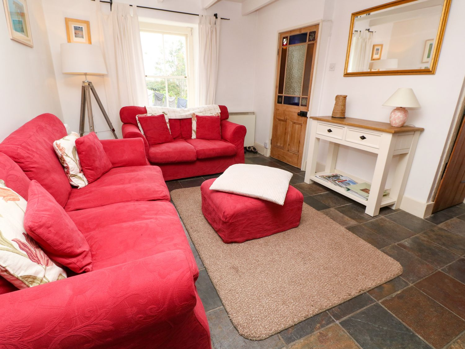 9 Regent Terrace in Mousehole - sleeps 4 people