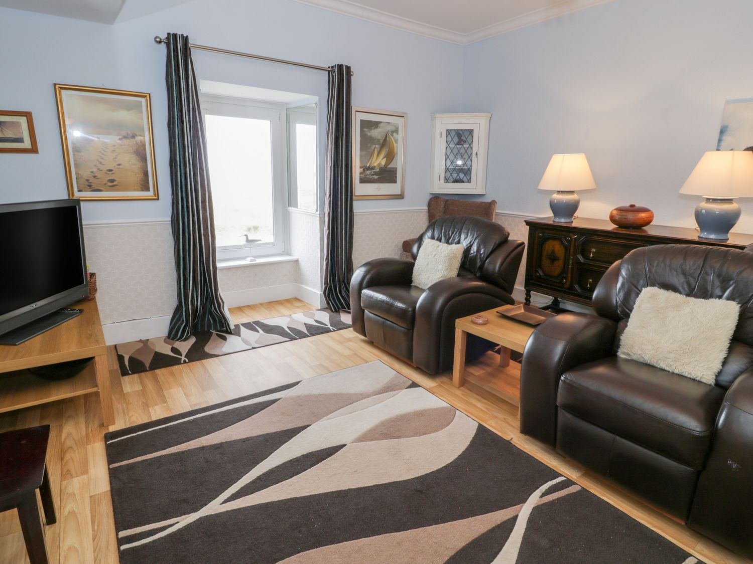 Abermaw Views in Barmouth - sleeps 5 people