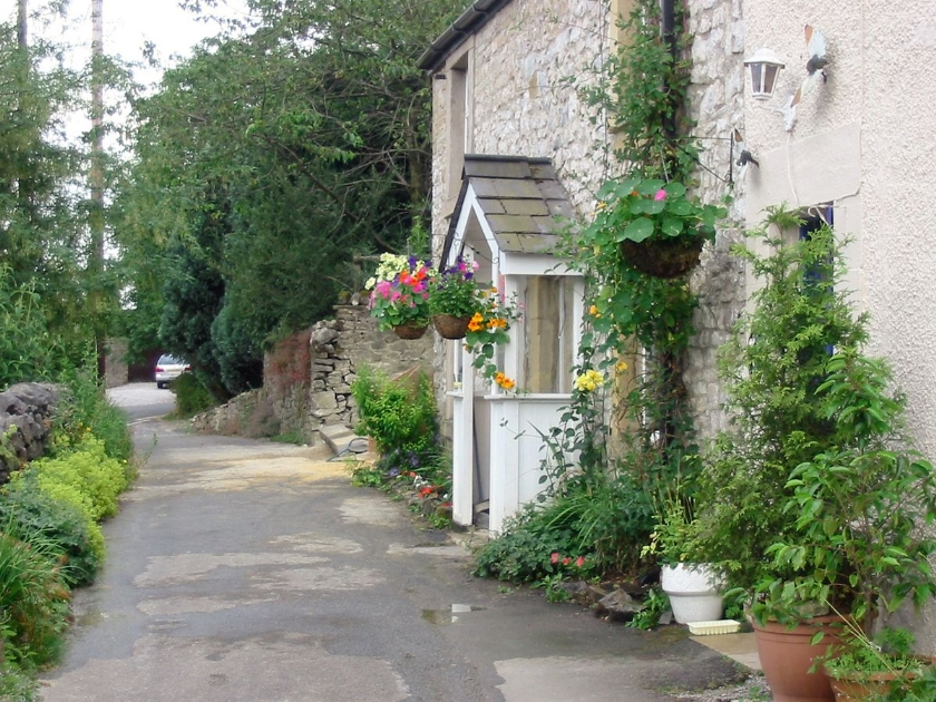 Acorn Cottage in Buxton - sleeps 8 people