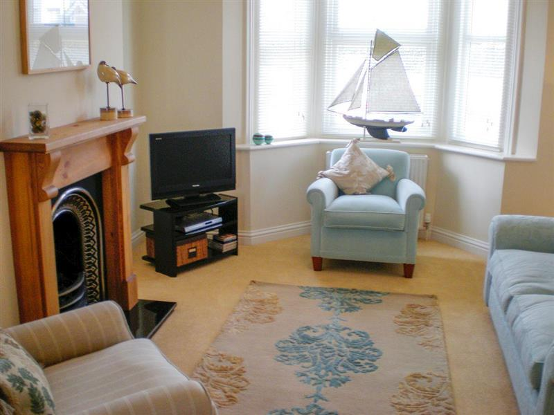 Admiral Cottage in Eastbourne - sleeps 4 people