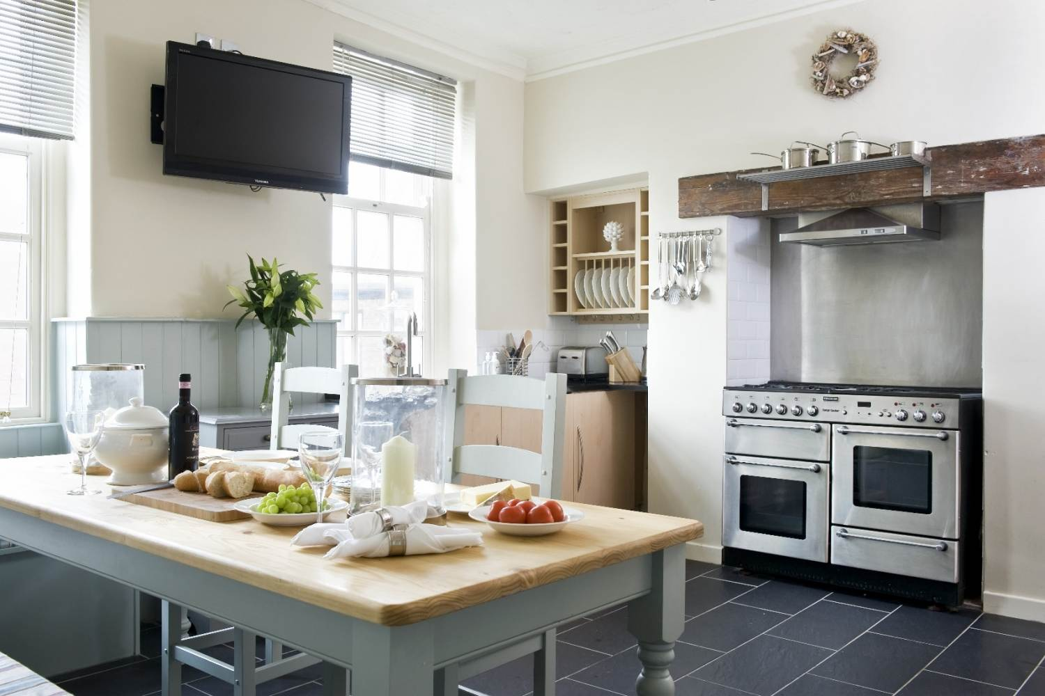 Albany House, Whitby in Whitby - sleeps 9 people