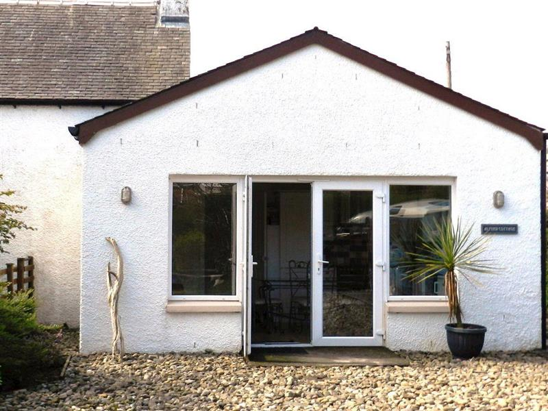 Almird Cottage in Lamlash, Isle of Arran - sleeps 4 people