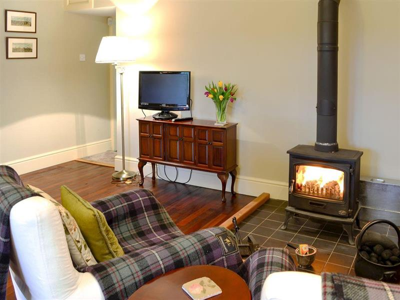 Ampherlaw Cottage in near Lanark, Glasgow and the Clyde Valley - sleeps 2 people