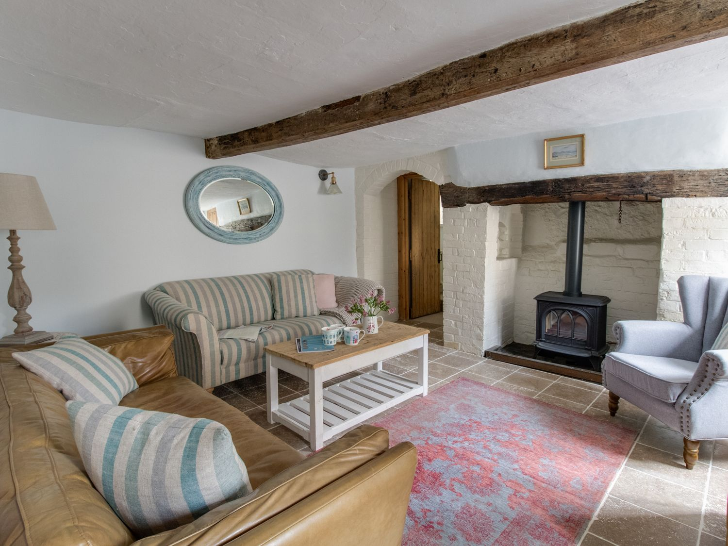 Amy Cottage in Lulworth - sleeps 6 people