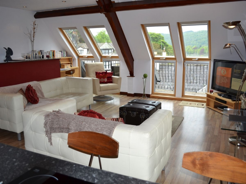 Angel Loft in Windermere - sleeps 2 people