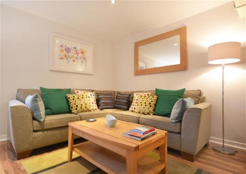 Apartment 1, Buller House in Looe - sleeps 2 people