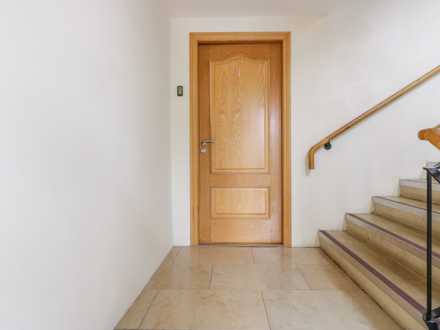 Apartment 1 St Mary's Church in Moffat - sleeps 4 people
