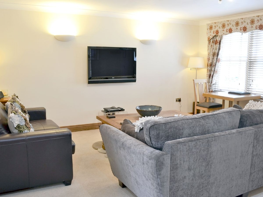 Appletree Apartment 6 in Chathill - sleeps 2 people