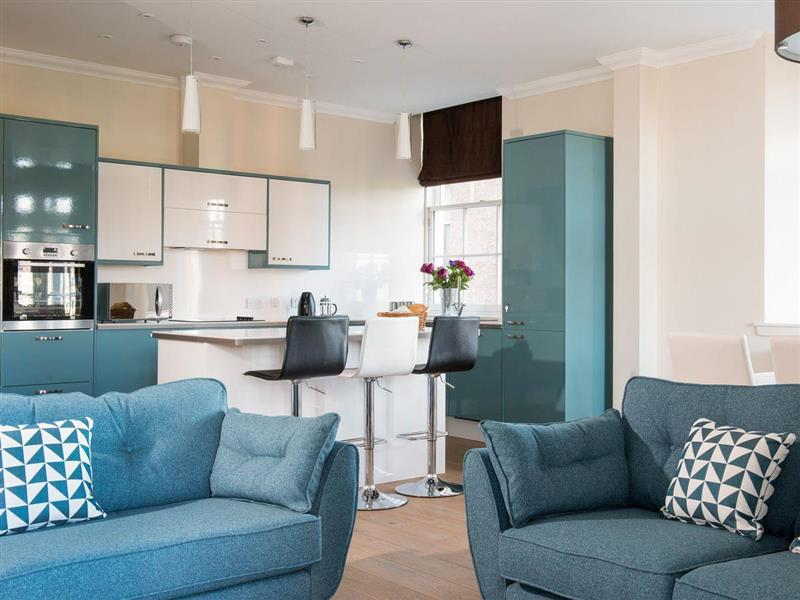 Ardconnel Court Apartments - Apartment 1 in Inverness, Highlands - sleeps 4 people