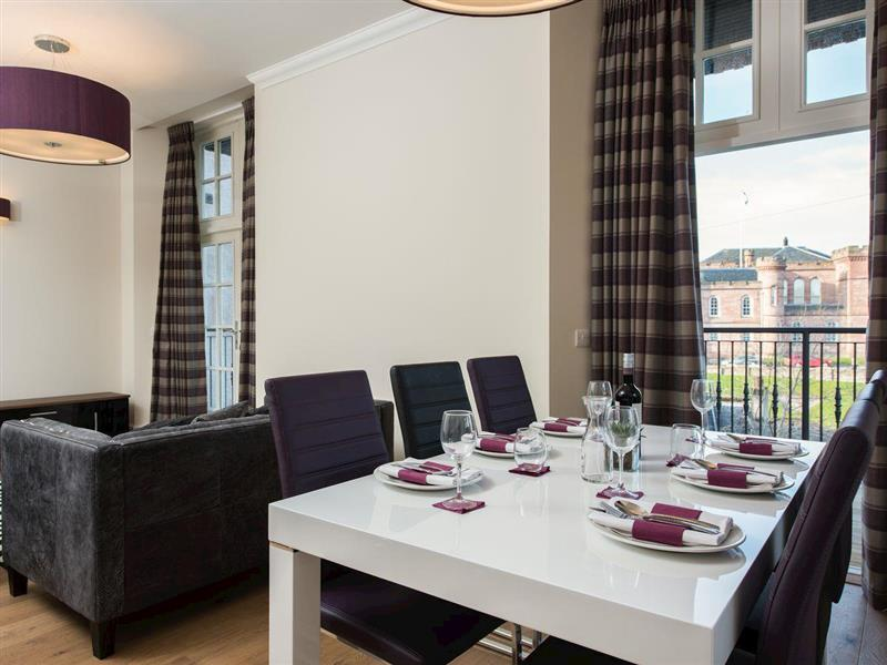 Ardconnel Court Apartments - Apartment 6 in Inverness, Highlands - sleeps 4 people