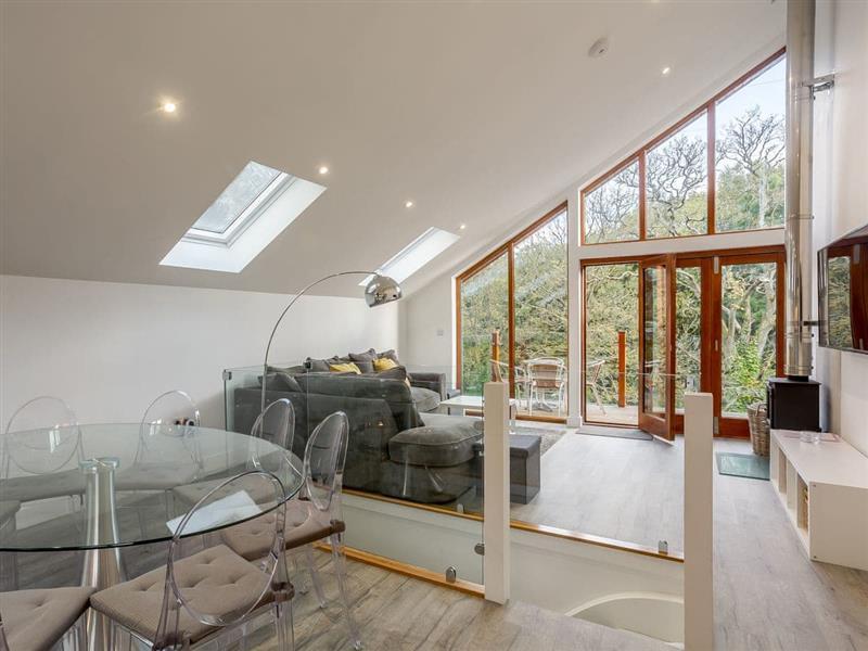 Ashgrove Country Park - Waterside Lodge One in Elland - sleeps 8 people