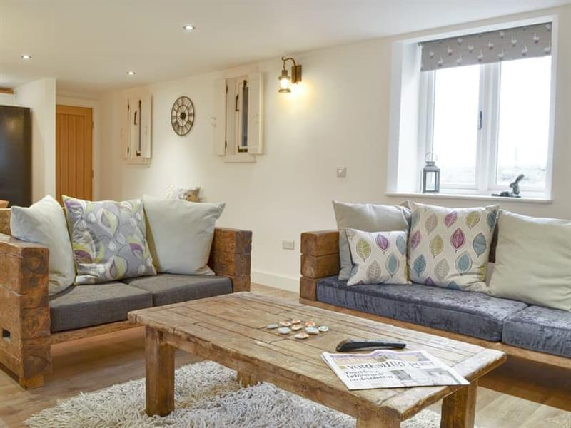 Ay Up - Dringhoe Hall Cottages in Driffield, near Bridlington - sleeps 10 people