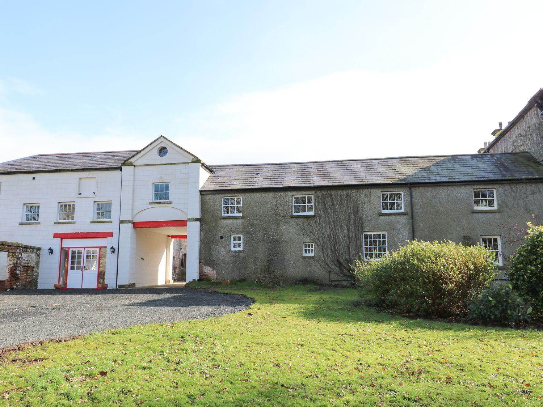 Ballynacree Cottage in Ballymoney - sleeps 12 people