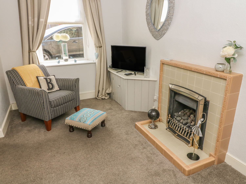 Bank End Cottage in Ingleton - sleeps 3 people