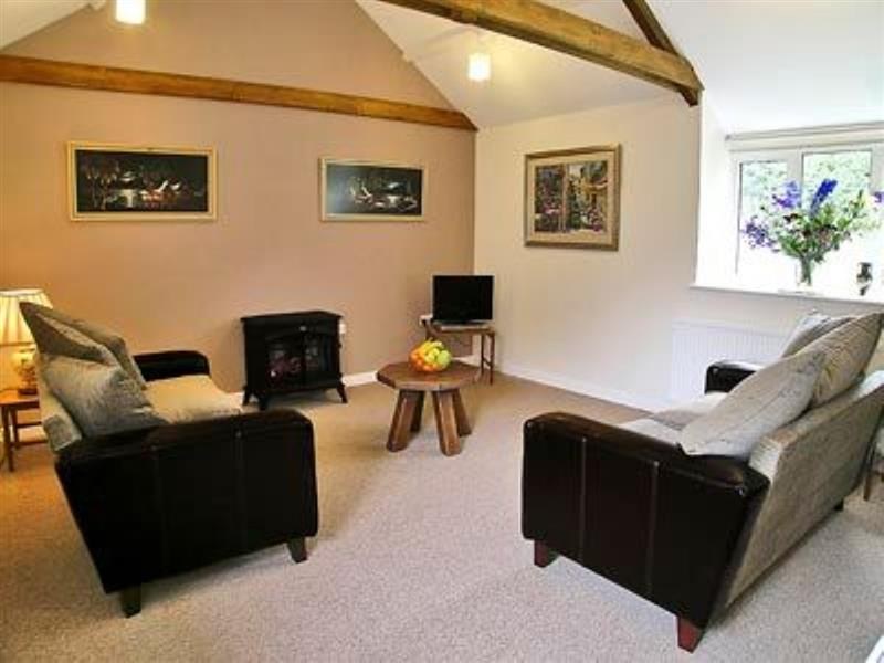 Barley Cottage in Ryme Intrinseca, nr. Sherborne - sleeps 2 people
