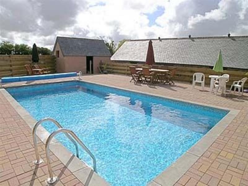 Barn 1 in Goonhavern, nr. Newquay - sleeps 5 people