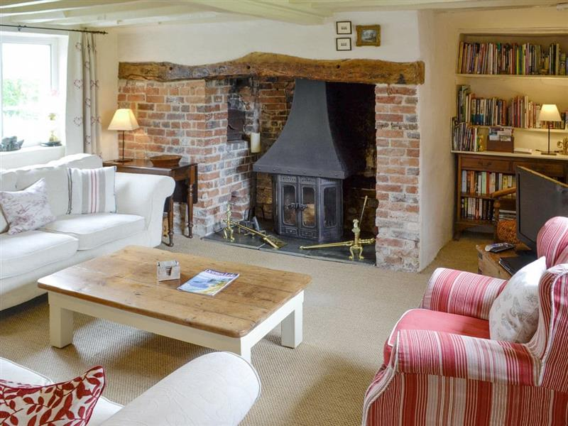 Barn Cottage in Fontmell Magna, near Shaftesbury - sleeps 6 people
