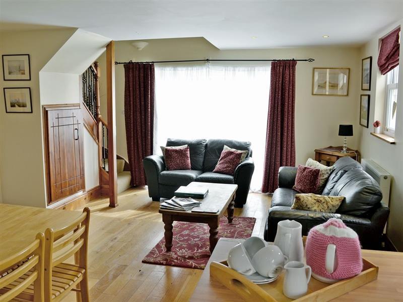 Basil Cottage in Crantock, Cornwall. - sleeps 4 people