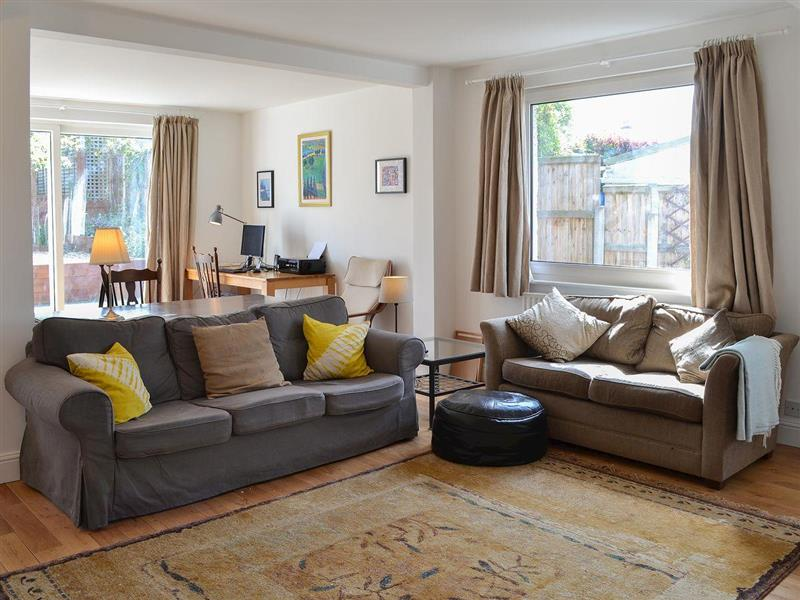 Bay Crest in Whitstable - sleeps 8 people