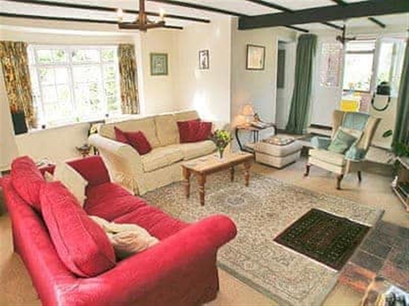 Bay House in Sculthorpe, nr. Fakenham - sleeps 6 people