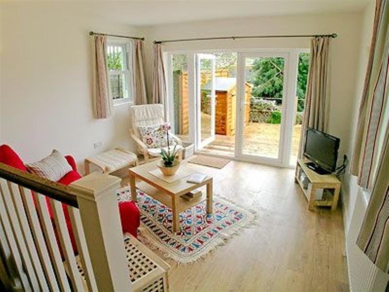 Bay View Apartments - Little Bay View in Lyme Regis - sleeps 2 people