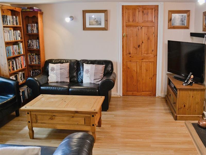 Bayview Cottage in Dawlish - sleeps 6 people