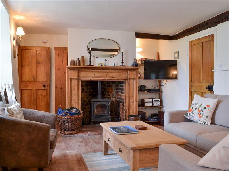 Beach Cottage in Cley next the Sea, near Holt - sleeps 8 people