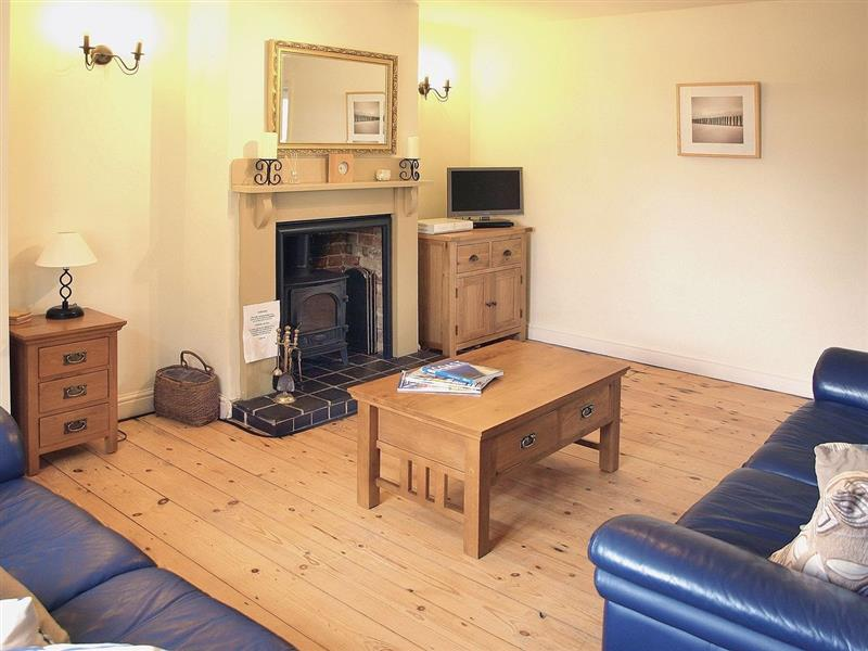 Beaconsfield Cottage in Briston, Metton Constable, Norfolk. - sleeps 5 people