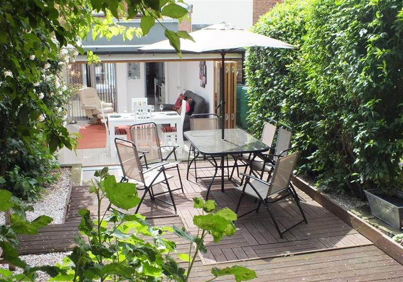 Beckets House in Canterbury - sleeps 6 people