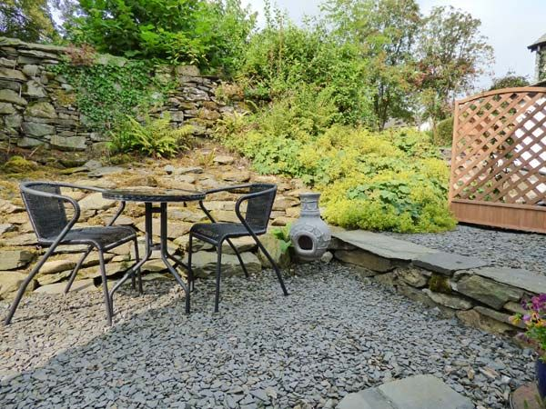 Beckfold  in Broughton Beck - sleeps 2 people
