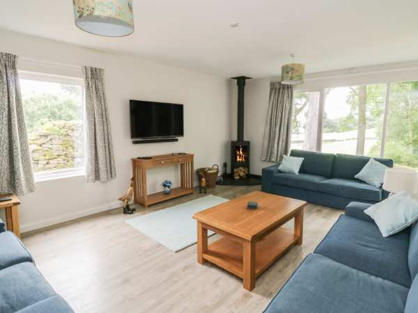 Beech - Woodland Cottages in Bowness-on-Windermere - sleeps 10 people